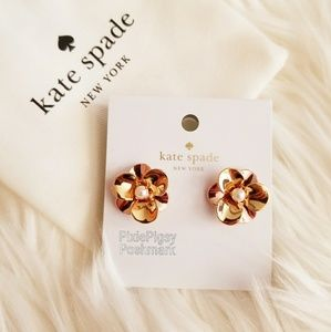 Kate Spade Pick a Posy Flower Pearl Stud Earrings